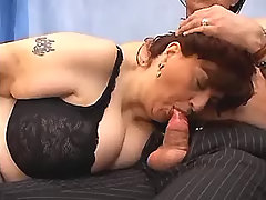 Kinky mature woman sucks hard dick bbw porn