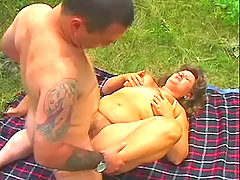 Plumper gets drilled hard outdoors bbw porn